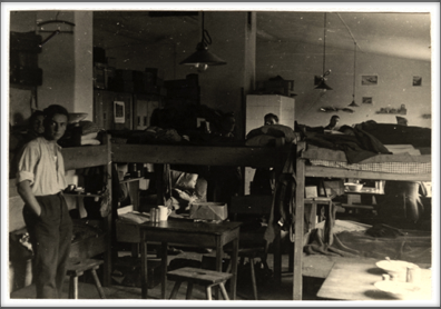 1942-43 inside barracks of Oflag 64, then called Oflag XXIB and occupied by British POWs